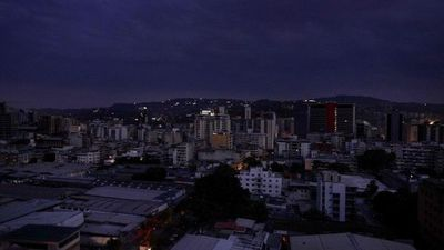 Nuevo apagón en Caracas y zonas aledañas