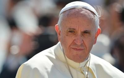 El papa pidió vías migratorias regulares y condenó las expulsiones colectivas