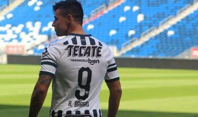 Adam Bareiro, marginado en México