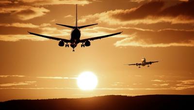 ¿Cómo puede un país estimular la apertura de nuevas rutas aéreas?