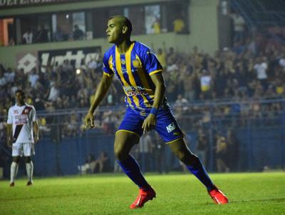 Marcelo Pérez anota el mejor gol de la fecha