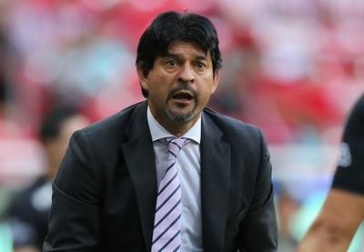 José Cardozo es cesado como DT de Chivas de Guadalajara