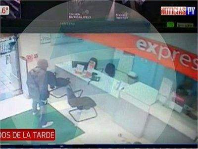 Suman y siguen asaltos en locales de cobranzas en supermercados