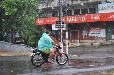 Anuncian tormentas eléctricas e intensas lluvias para este martes