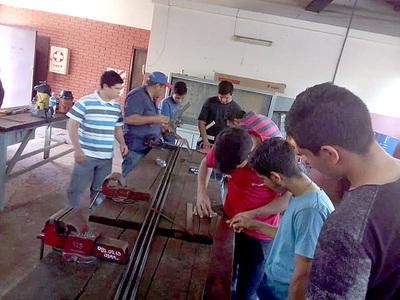 Jóvenes inician cursos de técnico superior en el SNPP