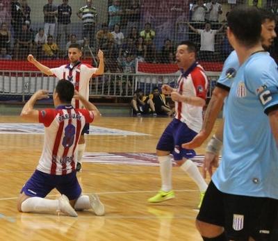 Paraguay obtuvo un auspicioso debut