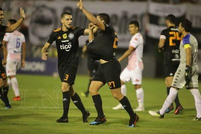 Olimpia va por ganar o ganar a Sporting Cristal