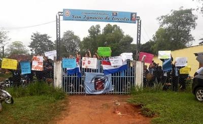 Estudiantes presionan ante desidia del MEC: hoy darán clases en Plaza de Armas