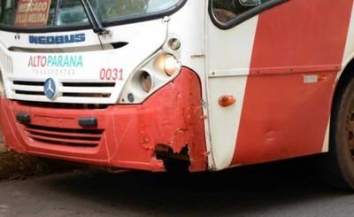"Retiran buses ""chatarras"""