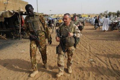 Violencia costó la vida a 440 civiles y 150 militares en Mali en tres meses