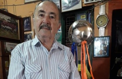 "LMS: La Copa ""Don Avelino Acevedo"" ya está en casa de la familia"