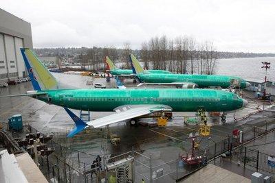 Boeing reducirá su producción mensual de su línea 737