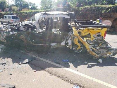 Choque fatal entre bus de La Ovetense y un vehículo – Prensa 5