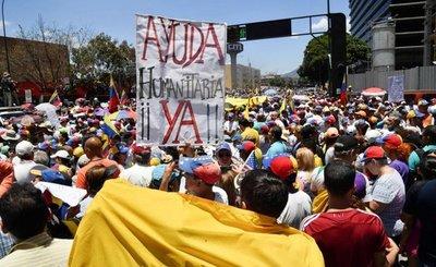 Guaidó eleva la presión popular contra chavismo