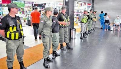 El Shopping Box reabre sus puertas vía amparo de juez servil a Zacarías