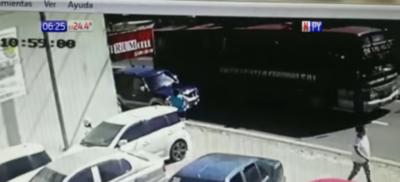 HOY / Muerte de ciclista: se entregó hombre que abrió la puerta  de vehículo
