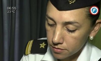 Estado debería pedir disculpas a militar arrestada por amamantar – Prensa 5