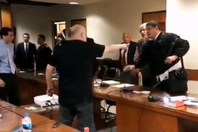 """Asistente de Lugo: """"si yo le tocaba estaría preso en una comisaría"""""""