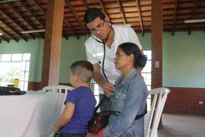 OPS recomienda basar los sistemas de salud en el modelo de atención primaria