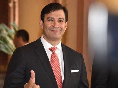 Marito no se define y el contralor negocia en secreto con liberales