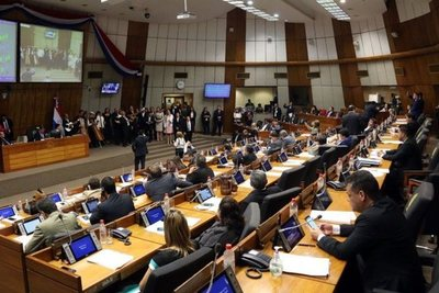 Diputados archivaron proyecto que elimina elección de parlasurianos