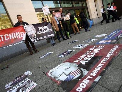 ¿Quién es Julian Assange?