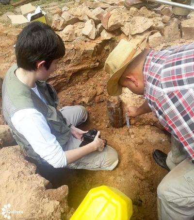 Arqueólogos examinan vestigios que serían del Hospital de Sangre de Piribebuy