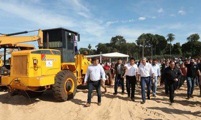 Itaipú invertirá G. 28.000 millones para concluir playa y la costanera de Salto del Guairá