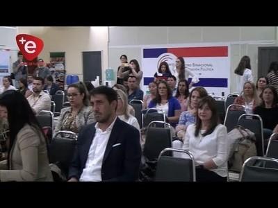 ENCARNACIÓN FUE SEDE DEL PRIMER ENCUENTRO BINACIONAL DE COMUNICACIÓN POLÍTICA
