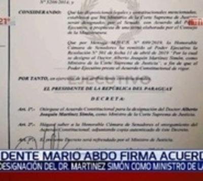 Ejecutivo confirma a Martínez Simón como ministro de Corte