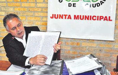 Neri Chávez dispone auditoría en la Junta
