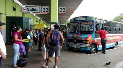 """Horario liberado de buses a partir del """"Martes Santos"""""""