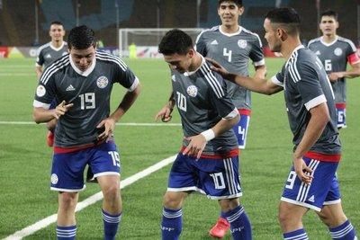 Paraguay mide hoy a Chile por la clasificación al Mundial