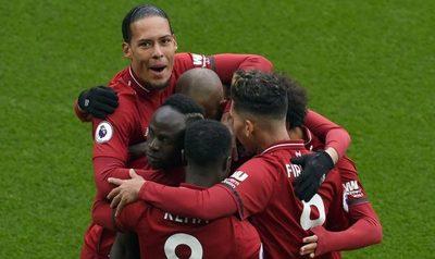 City y Liverpool mantienen su duelo por el título