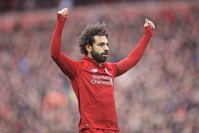 Liverpool festeja y permanece en lo más alto