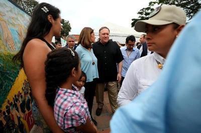 Pompeo llevó a la frontera con Venezuela la presión de EE.UU. sobre Maduro