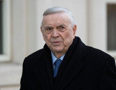 Suspendido a perpetuidad José María Marín