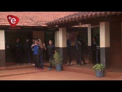MUNICIPIO ENTREGA EQUIPOS Y MOBILIARIOS A ESCUELAS DE NVA. ALBORADA
