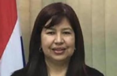UNA: Zully Vera asume como nueva rectora de la casa de estudios