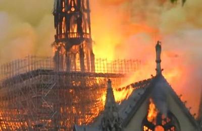 El peligro que significaba apagar el incendio de Notre Dame con aviones cisterna