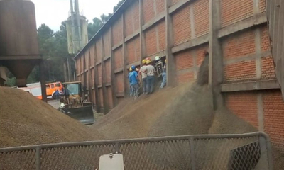 Joven murió sofocado por toneladas de granos procesados – Prensa 5