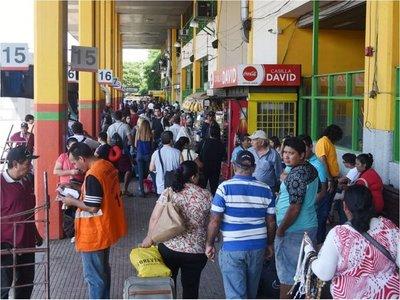 Viaje de Semana Santa  moviliza a 600.000 personas en la Terminal
