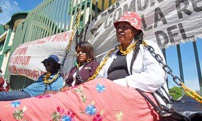 Temen desaparición de seis lenguas indígenas