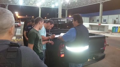 Expulsan a dos extranjeros con órdenes de captura en Brasil