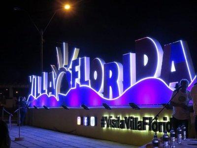 Inauguran letras corpóreas en Villa Florida