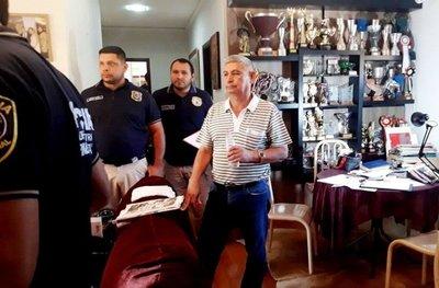 Empresario requerido por el Brasil por contrabando seguirá en prisión