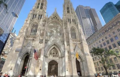 Detenido tras entrar con combustible en la Catedral de Nueva York