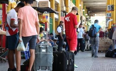 HOY / Significativa disminución de pasajeros en la Terminal de Ómnibus