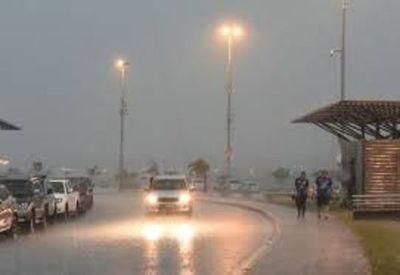 Sábado con probabilidades de lluvia