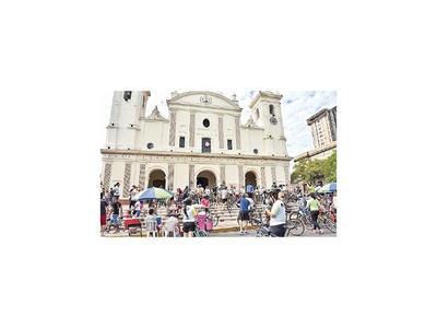 Fe sobre ruedas por 7 iglesias